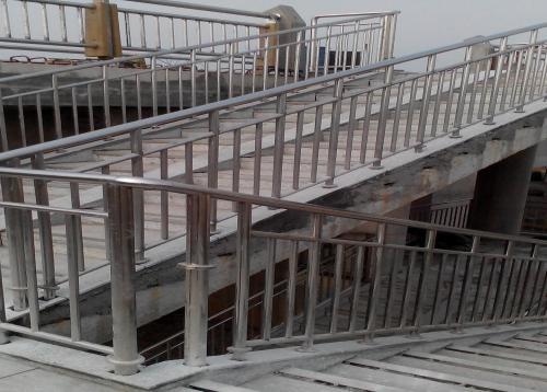 湘潭芙蓉大桥不锈钢复合管护栏
