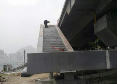 安化大桥人行钢结构步梯