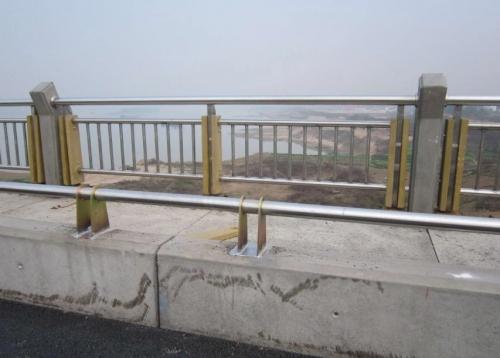 芙蓉大桥栏杆
