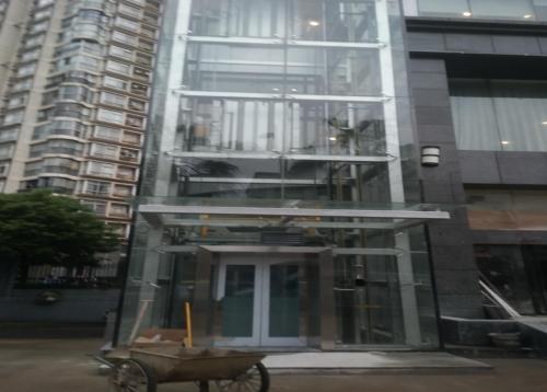 黄金海岸大酒店电梯