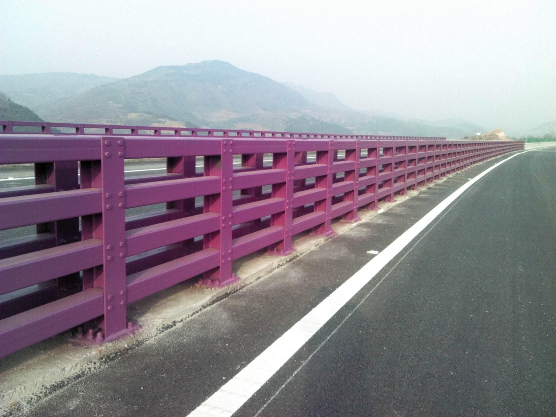 钢结构防撞栏杆