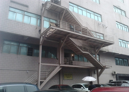 钢结构楼梯,阁楼隔层